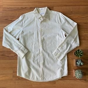 Calvin Klein / Sz M / Dress shirt / smoke free